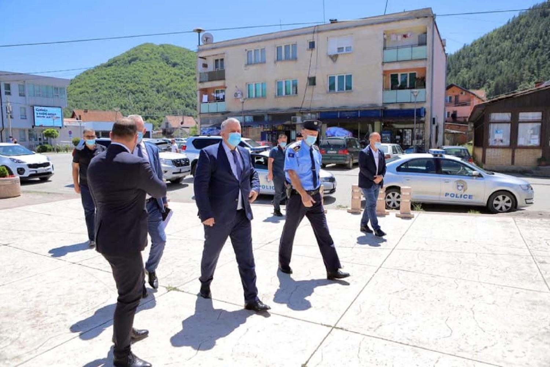 Vizita e Ministrit Veliu në Veri të vendit